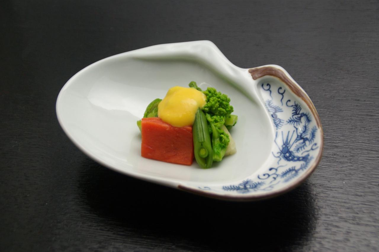 春のレシピ:春野菜黄身酢掛け