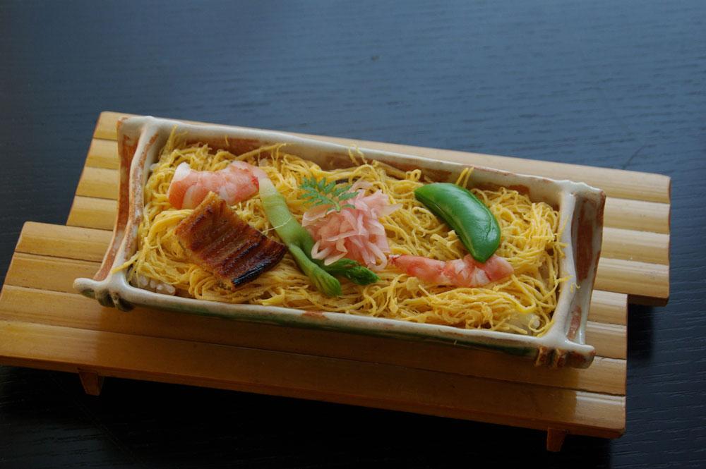 春のレシピ:蒸し寿司